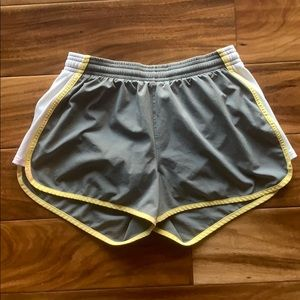 Athletic Under Armour Shorts
